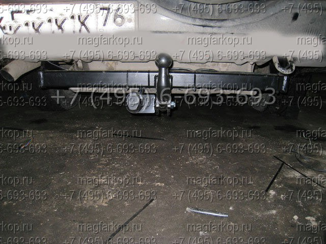 Фаркоп W 08 на Suzuki Grand Vitara XL7.